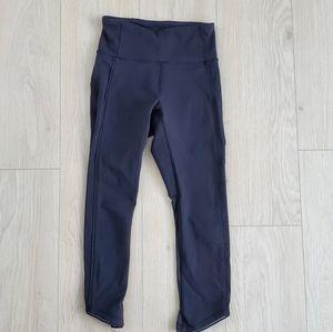 Lululemon 3/4 mesh leggings in size 2
